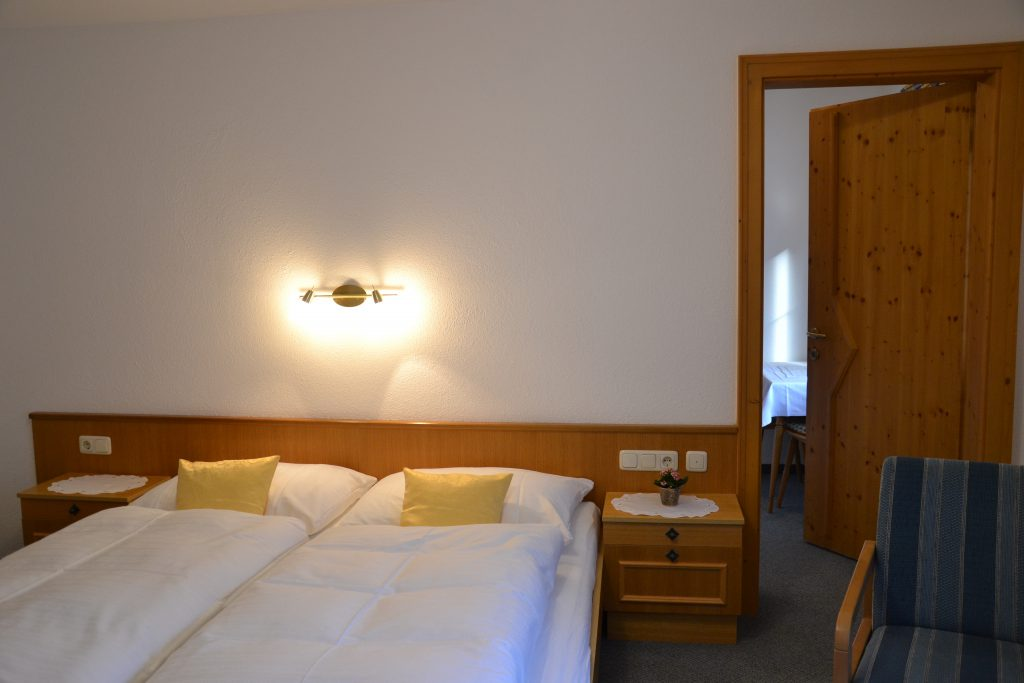Zimmer - Haus Tirol - Fam. Griesser