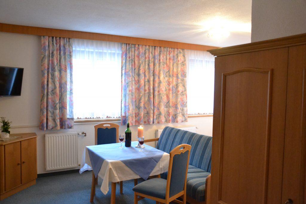 Zimmer - Haus Tirol - Fam. Edith Griesser